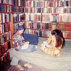 Hippie Girls at Shakespeare and Company (Shakespeare and Company)